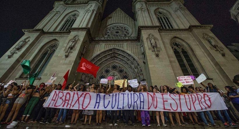 Brezilya'da kürtaj ve ceza tartışması: Kadınlar sağlık hakkı  için sokaklara çıktı