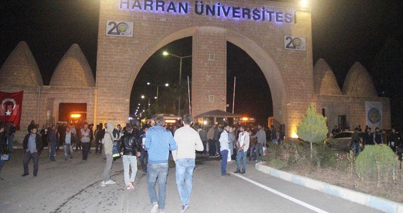 Urfa'da üniversite öğrencilerinden ulaşım eylemi