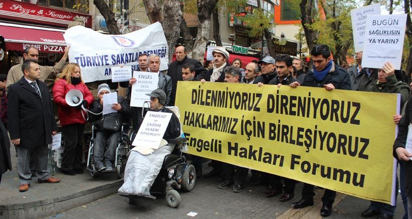 3 Aralık Dünya Engelliler Günü: Bizim bedenimiz değil  sizin yüreğiniz engelli