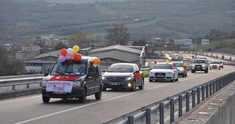 Sinoplular, çocuk acil servisi için bin araçlık konvoyla şehir turu attı