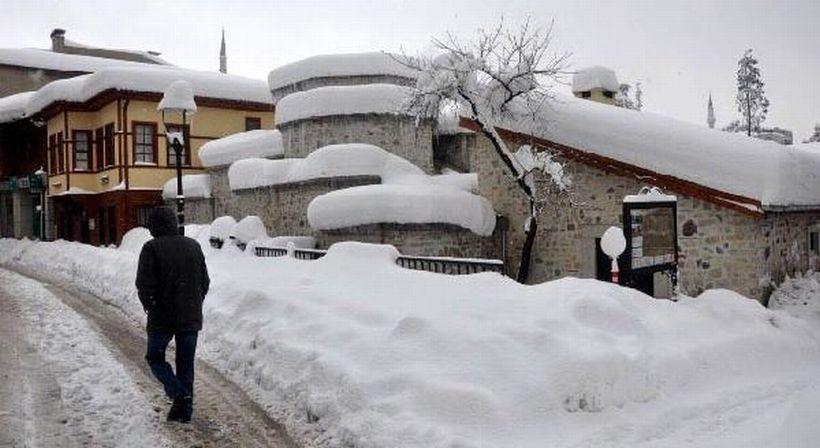 Bartın'da eğitime 2 gün kar tatili