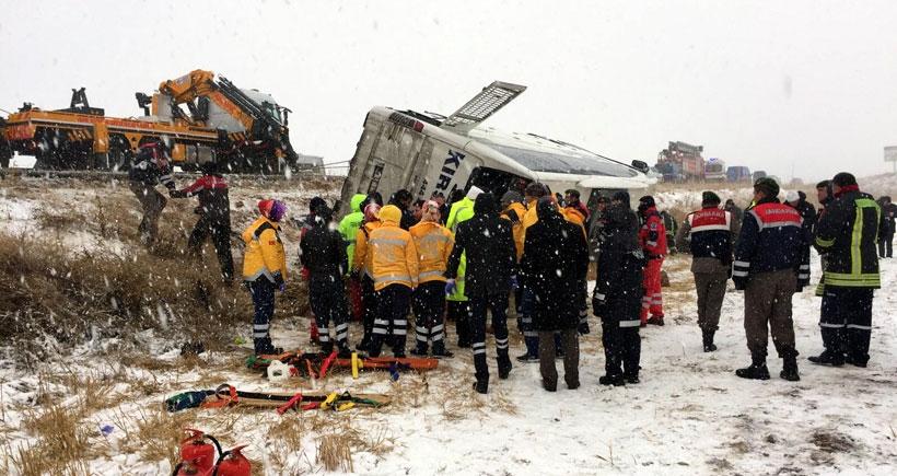 Kırşehir-Kırıkkale yolunda kaza: 7 kişi yaşamını yitirdi