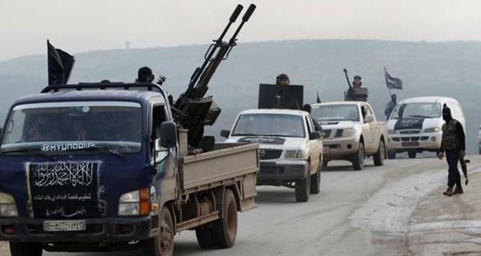 Suriye-Lübnan sınırında Nusra-IŞİD çatışması