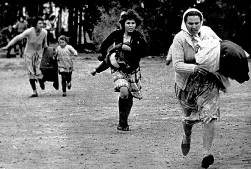Kıbrıslı kadınlar sessizlik perdesini araladı: Savaşta kadınlar tecavüz ve sürgün yaşadı, bilin!