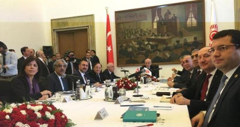 Anayasa Uzlaşma Komisyonu dağıldı partiler birbirini suçladı