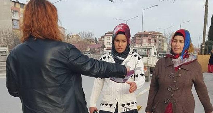 Denizli'de 8 Mart çalışmaları başladı: EMEP'li kadınlar, kadın işçilerle buluştu