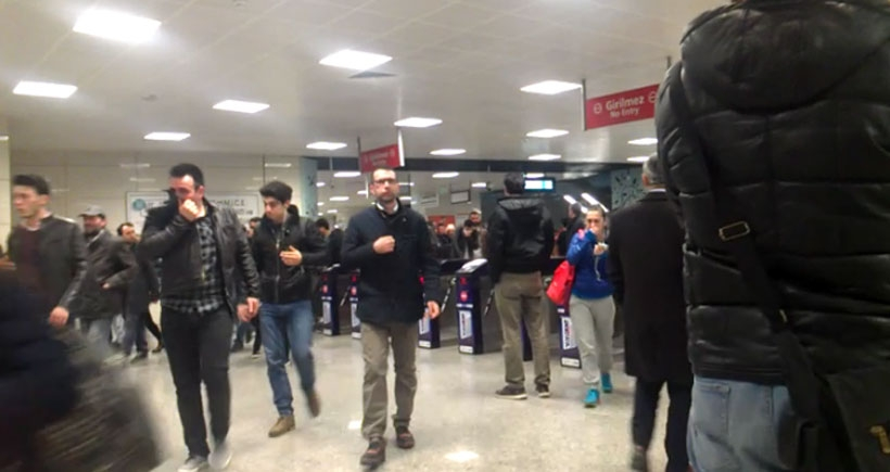 Özel güvenlik metroda biber gazı kullandı
