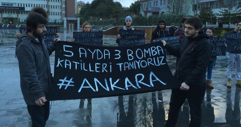 Ankara saldırısı için eylem yapan gençlere polis müdahale etti