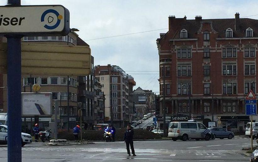Brüksel'de polis operasyonu sırasında patlama sesi yükseldi