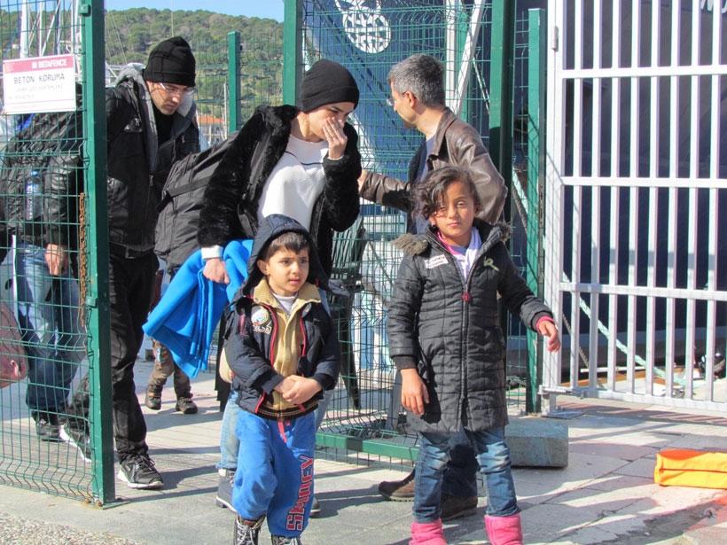 Çeşme'de mülteciler yakalandı