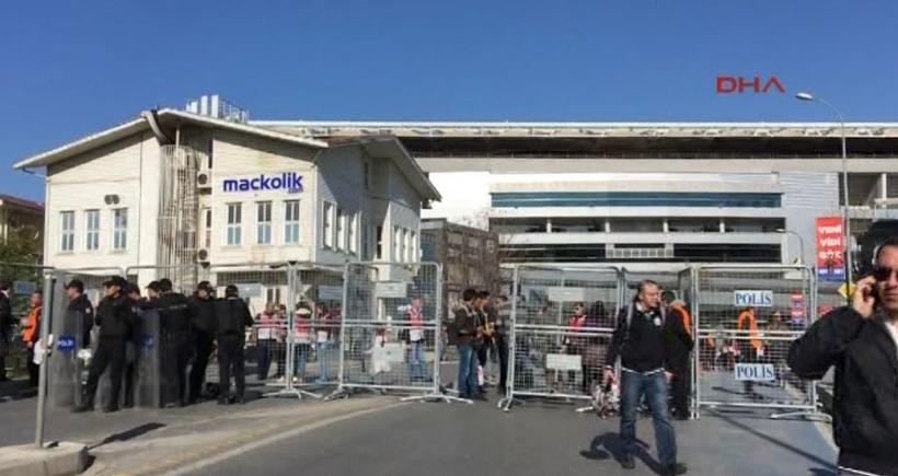 Kadıköy'de maç öncesi stat polis ablukası altında