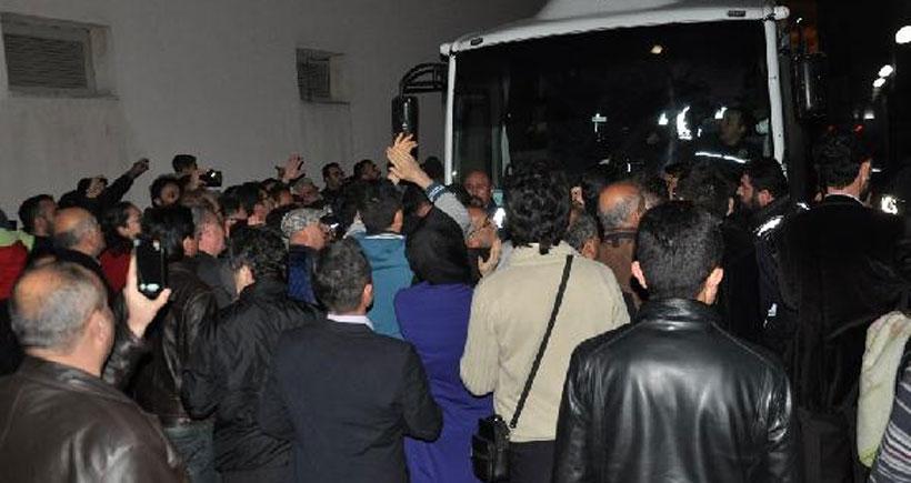 Çorum'da paralel yapı iddasıyla operasyonda 14 kişi tutuklandı
