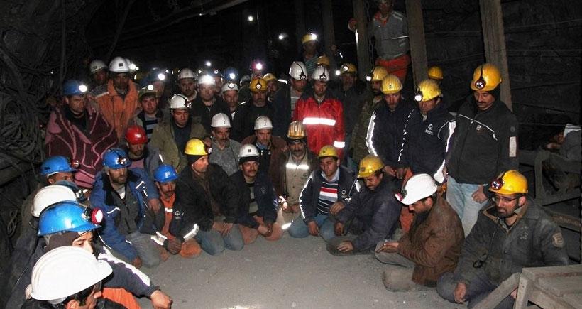 Maden işçileri, yerin 1200 metre altında açlık grevinde