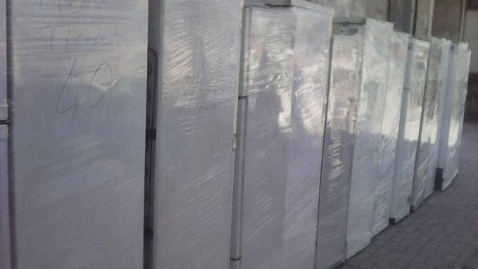 Cizre halkına gönderilen buzdolapları kente sokulmadı