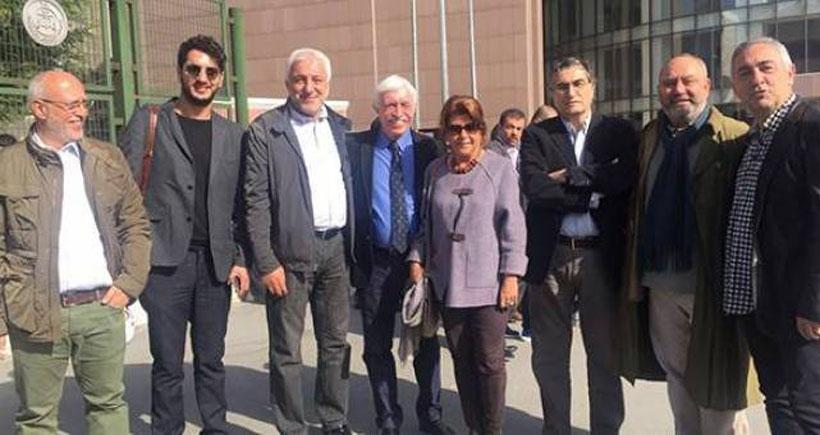 Cengiz Çandar 'Cumhurbaşkanı'na hakaret suçu Anayasaya aykırı' deyince, duruşma ertelendi