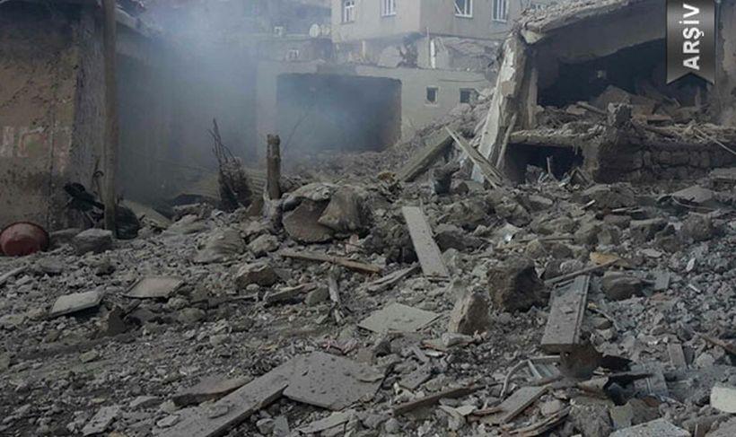 Erzurum'da toprak evin damı çöktü: 3 çocuk yaşamını yitirdi