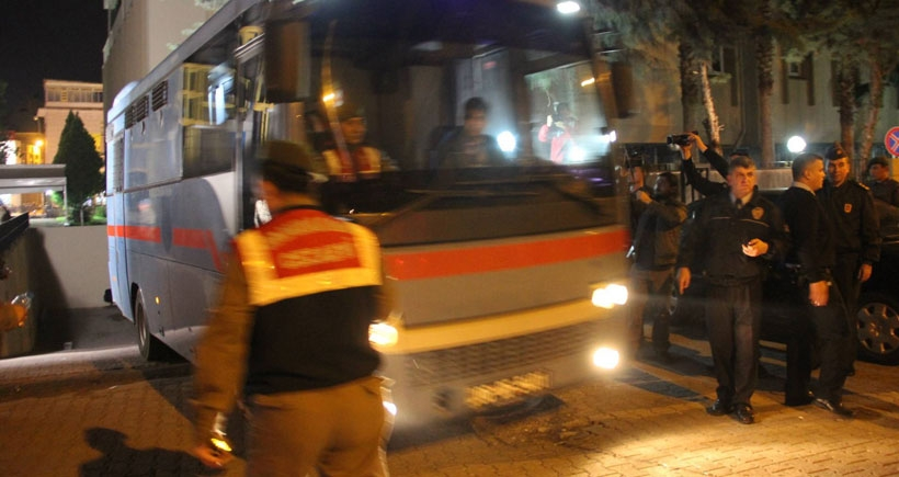 Özgecan'in katilini öldüren Gültekin Alan'a yardım eden 5 kişi tutuklandı