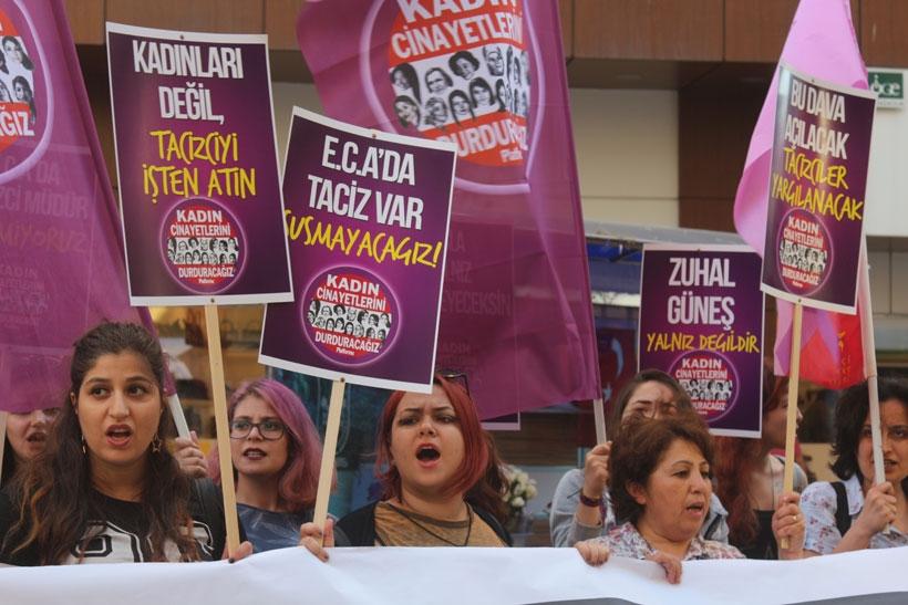 Kadınlardan tacize karşı nöbette olan Zuhal Güneş'e destek: Taciz eden müdür yargılansın