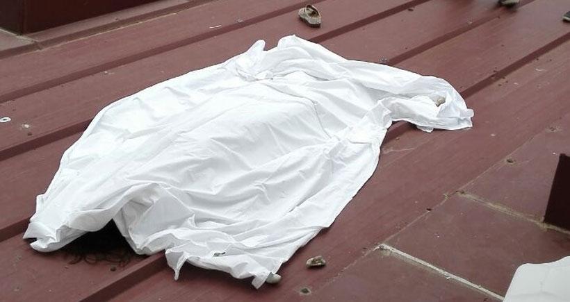 Seminer için kaldığı otelin balkonundan düşerek öldü