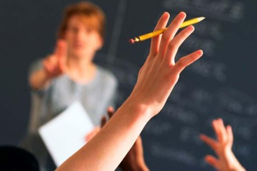 Sözleşmeli öğretmen yönetmeliğine yürütmeyi durdurma kararı