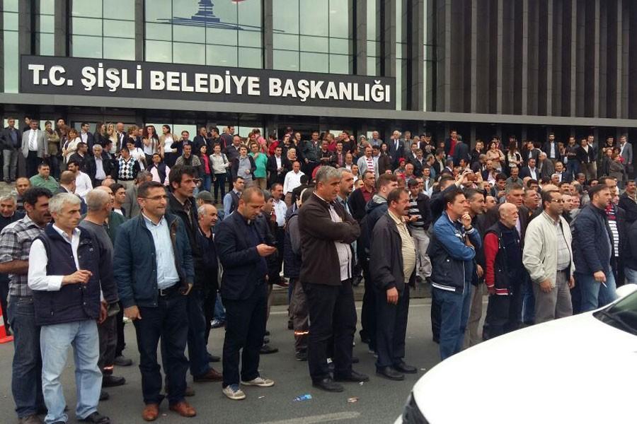 Belediyenin TİS teklifini kabul etmeyen işçiler eylem yaptı