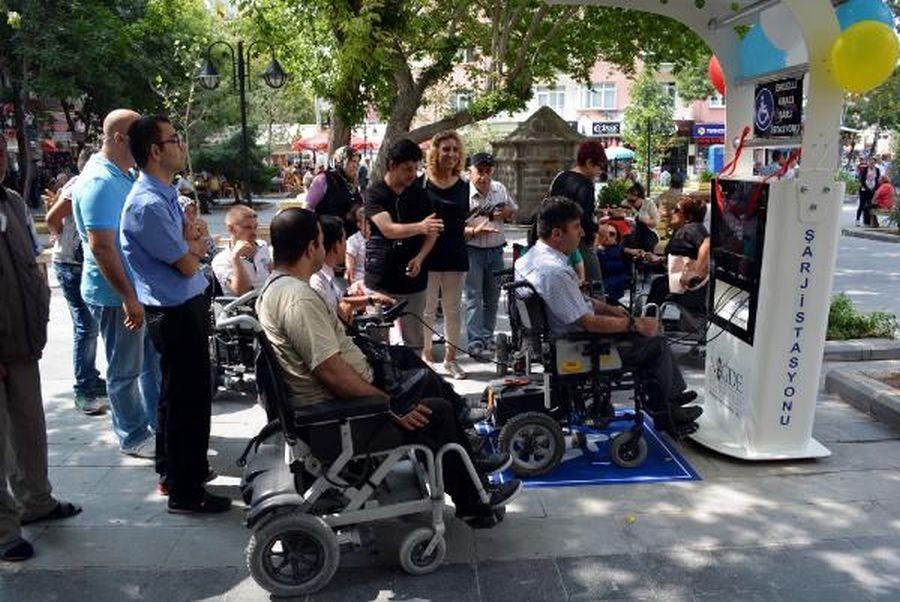 Engelliye kadro yok, istismar çok