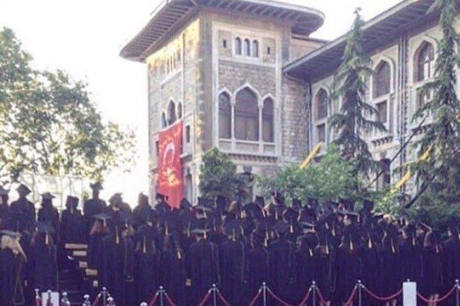 MEB, lise mezuniyet törenlerinde iktidarın eleştirilmesinden korkuyor