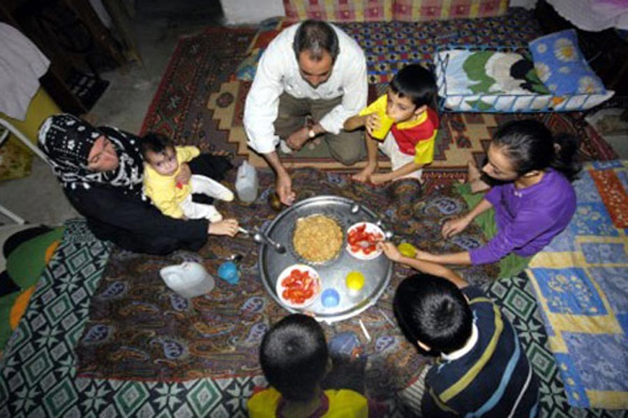 Büyüyen ekonomide yoksulluk sınırı 5 bin TL'yi aştı