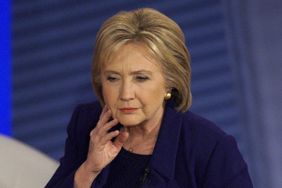 Clinton: Ülkeniz için savaşmaktan vazgeçmeyin