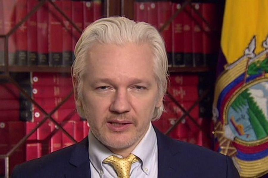 İngiltere Assange hakkındaki yakalama emrini kaldırmadı