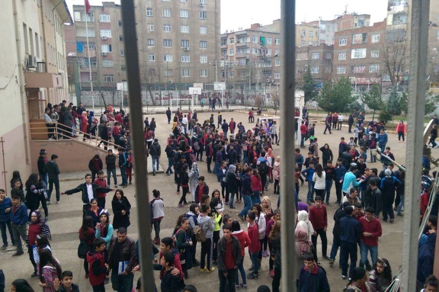Diyarbakır'da eğitim yılı kaosla başlıyor