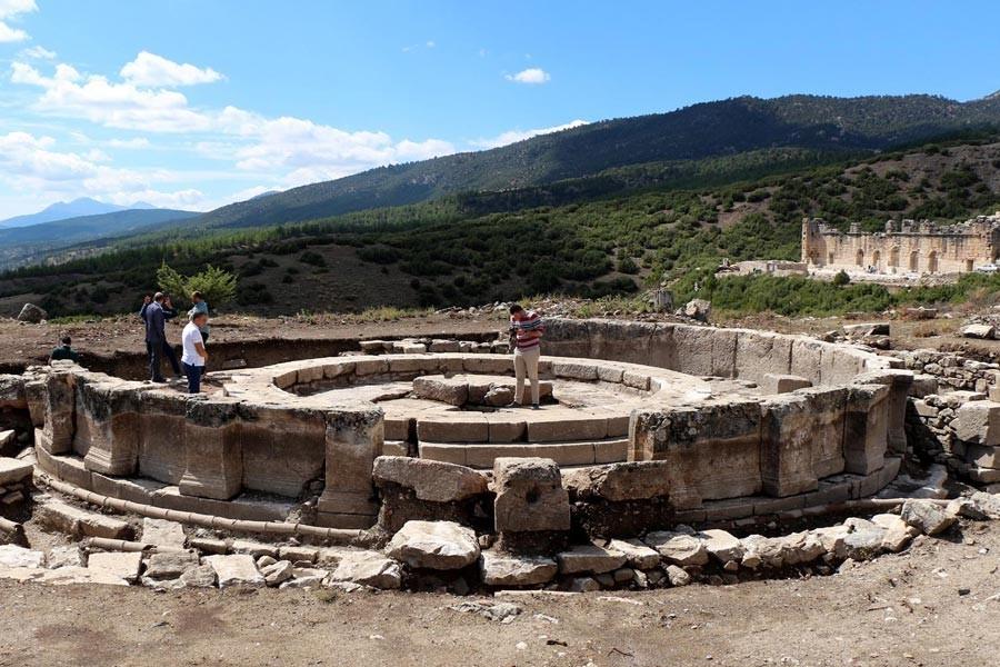 Kibyra Antik Kenti'nde 2 bin yıllık çeşme bulundu