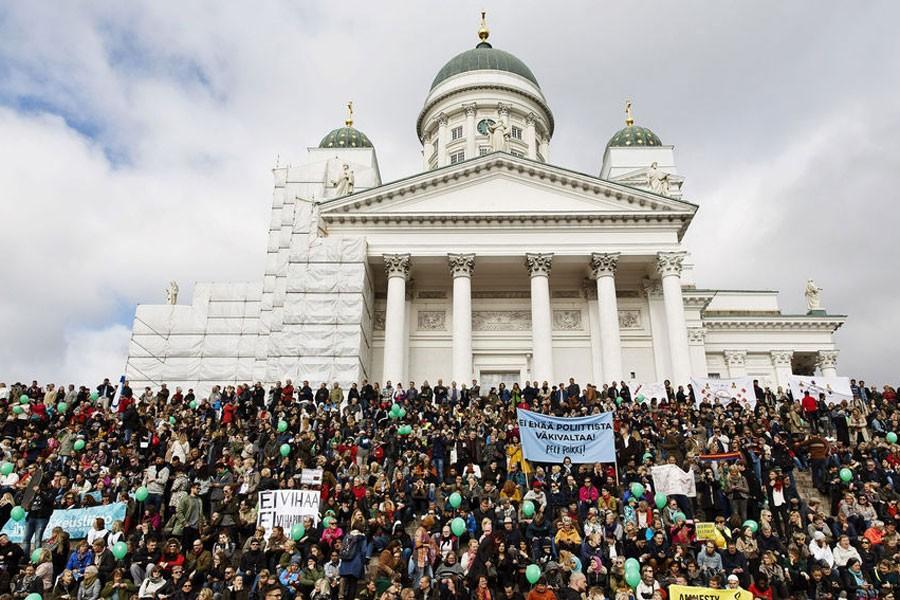 Finlandiya'da binler ırkçılığa 'Yeter artık' dedi