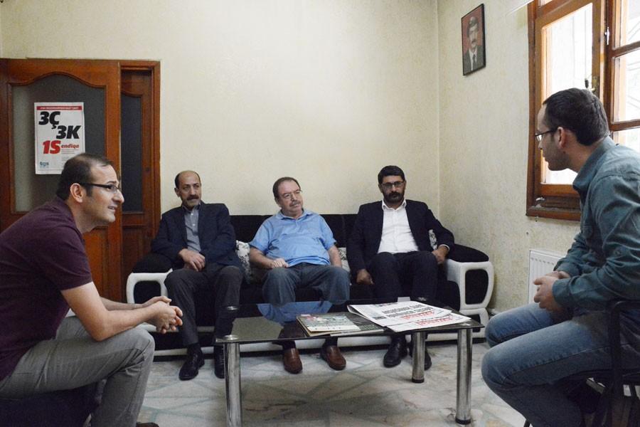 DTK Eş Başkanı Dicle'den Hayatın Sesi'ne destek ziyareti