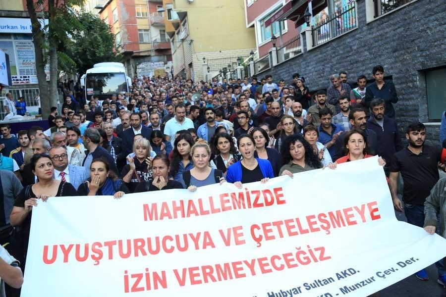 Okmeydanı halkı, uyuşturucuya ve çeteleşmeye karşı yürüdü