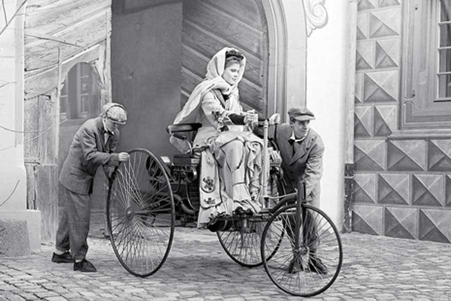 Dünyanın ilk şoförü Bertha Ödülü 128 yıl sonra verildi