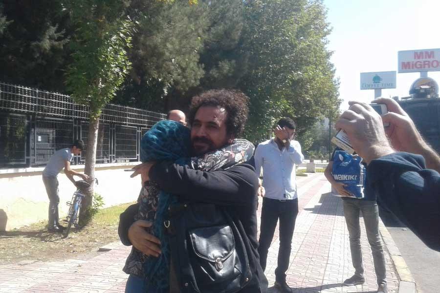 Murat Özyaşar serbest bırakıldı