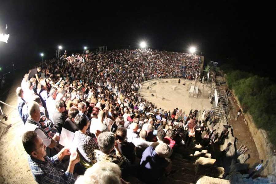 Kıbrıs'ta tiyatronun birleştirici gücü