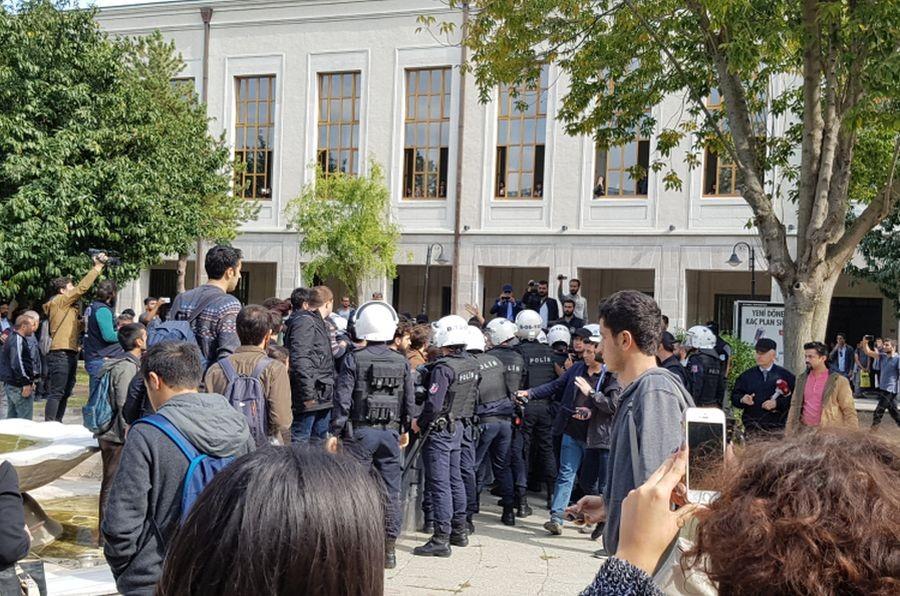 İstanbul Üniversitesi'nde ikinci saldırı