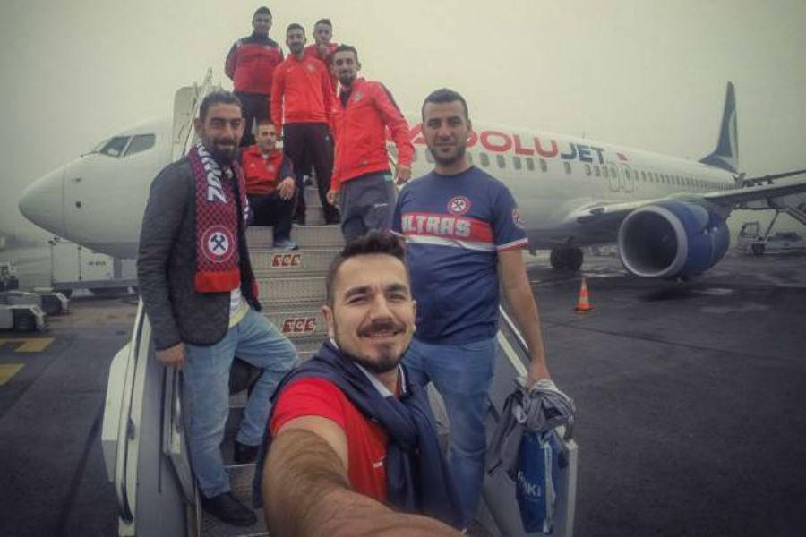 Zonguldakspor taraftarları: Evet bizler vatan hainiyiz!