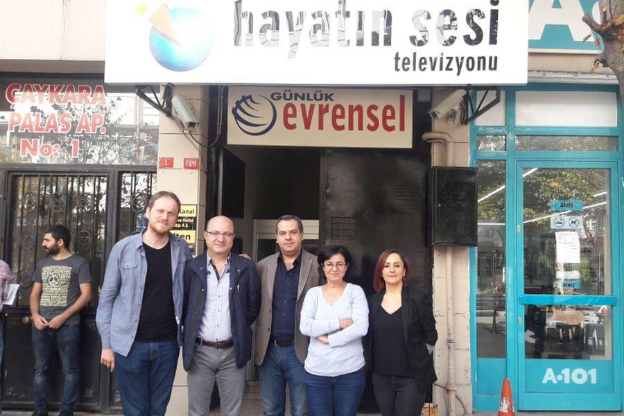 CHP'li vekillerden Hayatın Sesi'ne destek