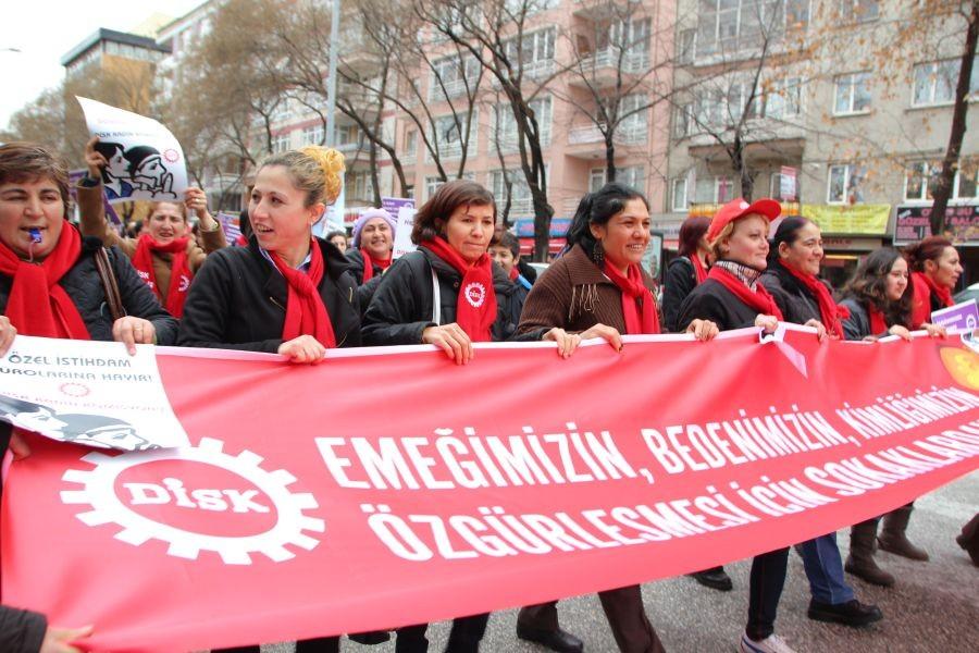 'Kadınların sesi olmaya devam edeceğiz'