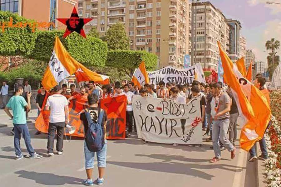 1 Mayıs mitingine katılan Adanasporlulara ceza verildi