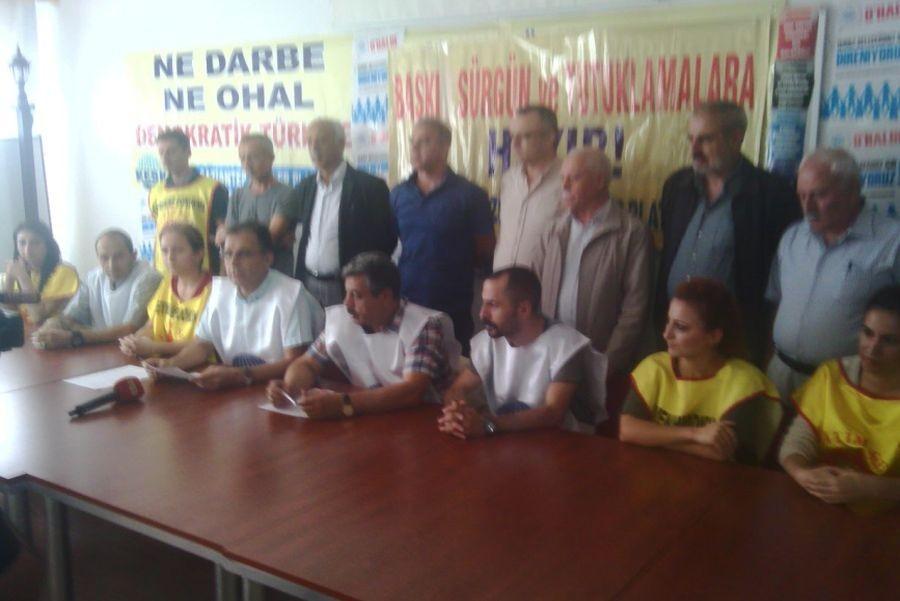 Antep'te kamu emekçileri miting yasağını protesto etti