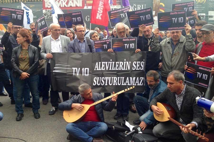 TV10'un kapatılması protesto edildi