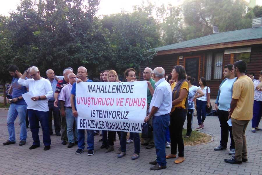 Adana'da uyuşturucu ve fuhuş protestosu