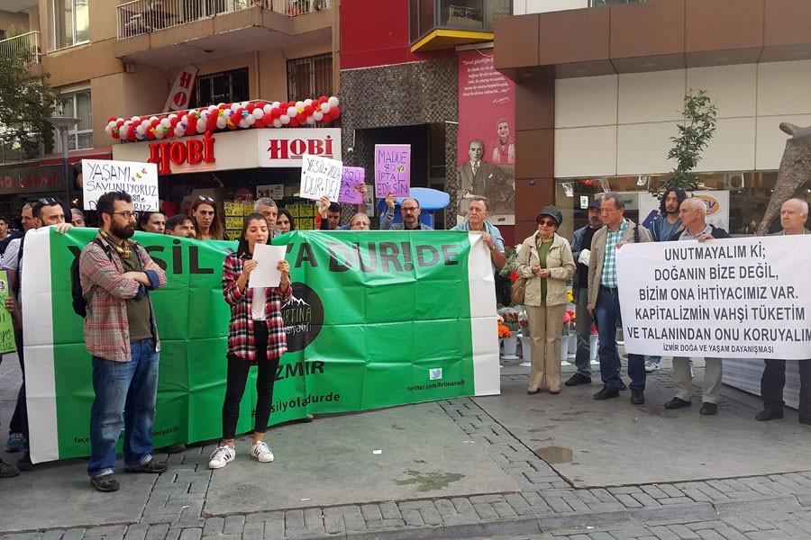 Madde 80'e İzmir'de protesto edildi