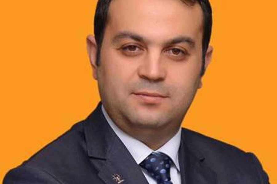 AKP'li belediye başkanı, 'FETÖ' iddiasıyla gözaltına alındı