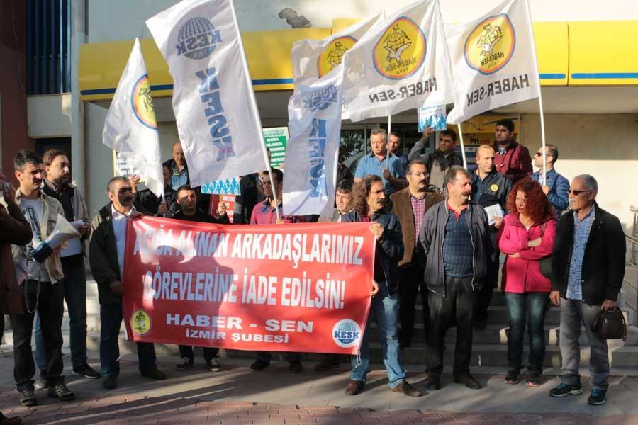 PTT çalışanlarının açığa alınması protesto edildi