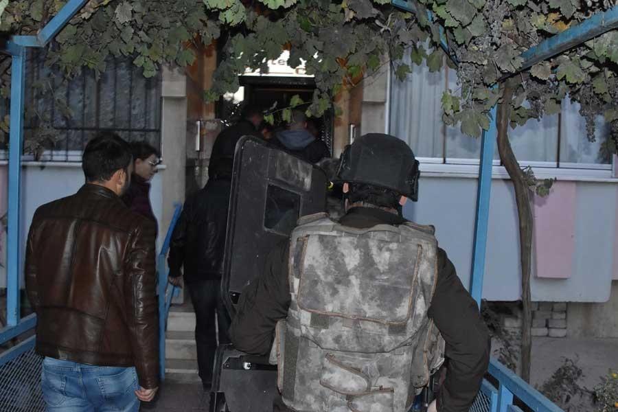 Konya'da IŞİD operasyonu: 10 gözaltı